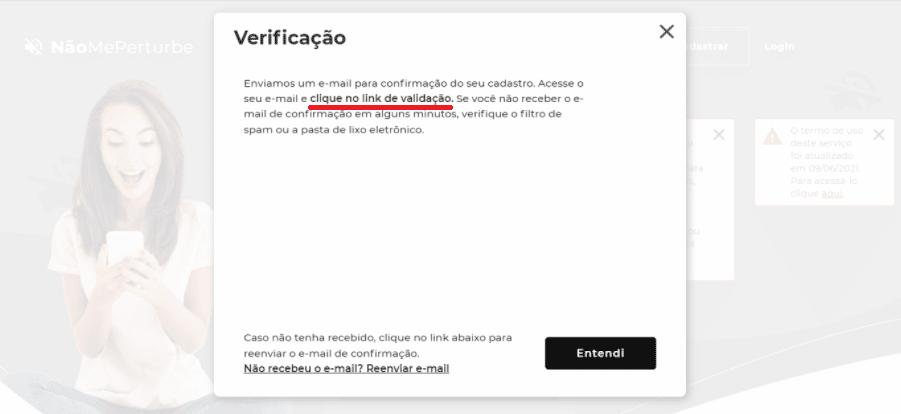 """Tela de validação de cadastro da plataforma Não Me Perturbe, com destaque para a sentença """"Acesse o seu e-mail e clique no link de validação"""""""